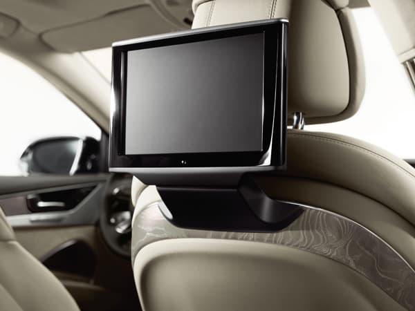 150526-A8-L-Chauffeur-Special-edition_05.jpg