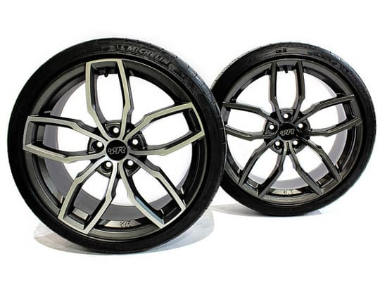 VWR_R360_19_Alloy_Wheels.jpg