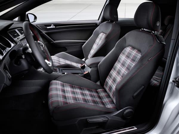 120928-Golf GTI-05.jpg
