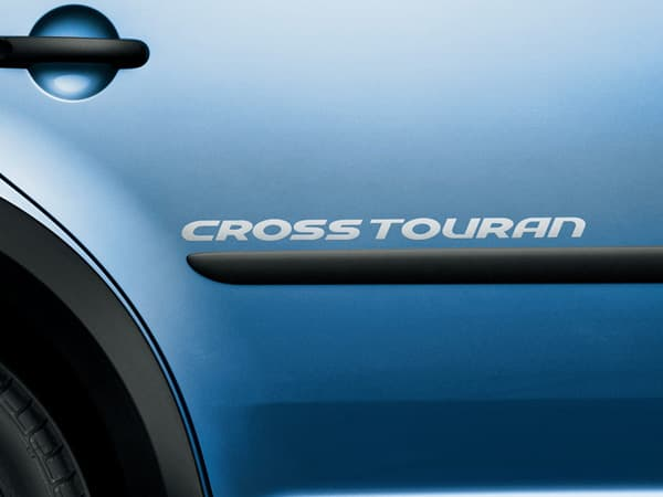 121030-CrossTouran-06.jpg