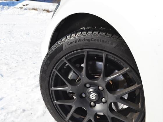 雪タイヤ2.jpg